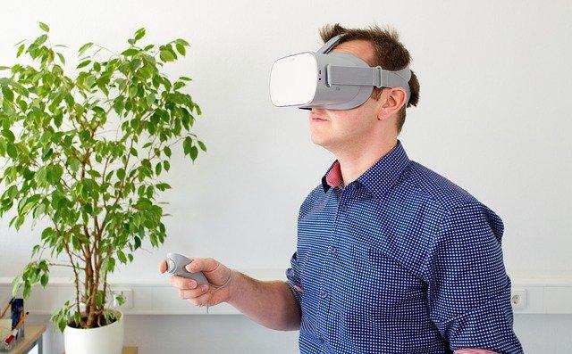 VR virtual reality, patient sikkerhed, tandlægeskræk, angst, forberedelse